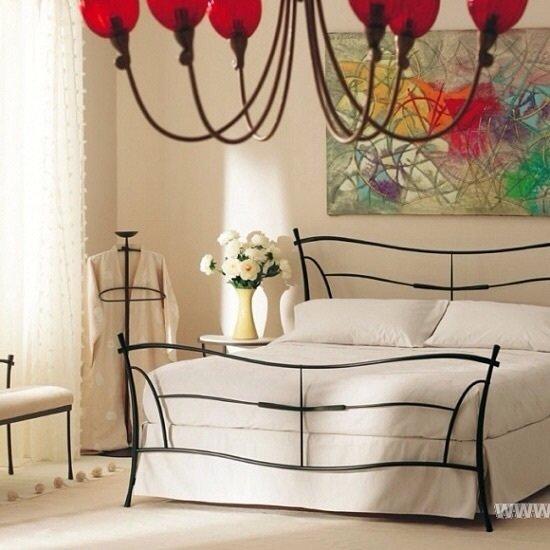 Вопрос к дизайнерам интерьеров, поставщикам и производителям мебели