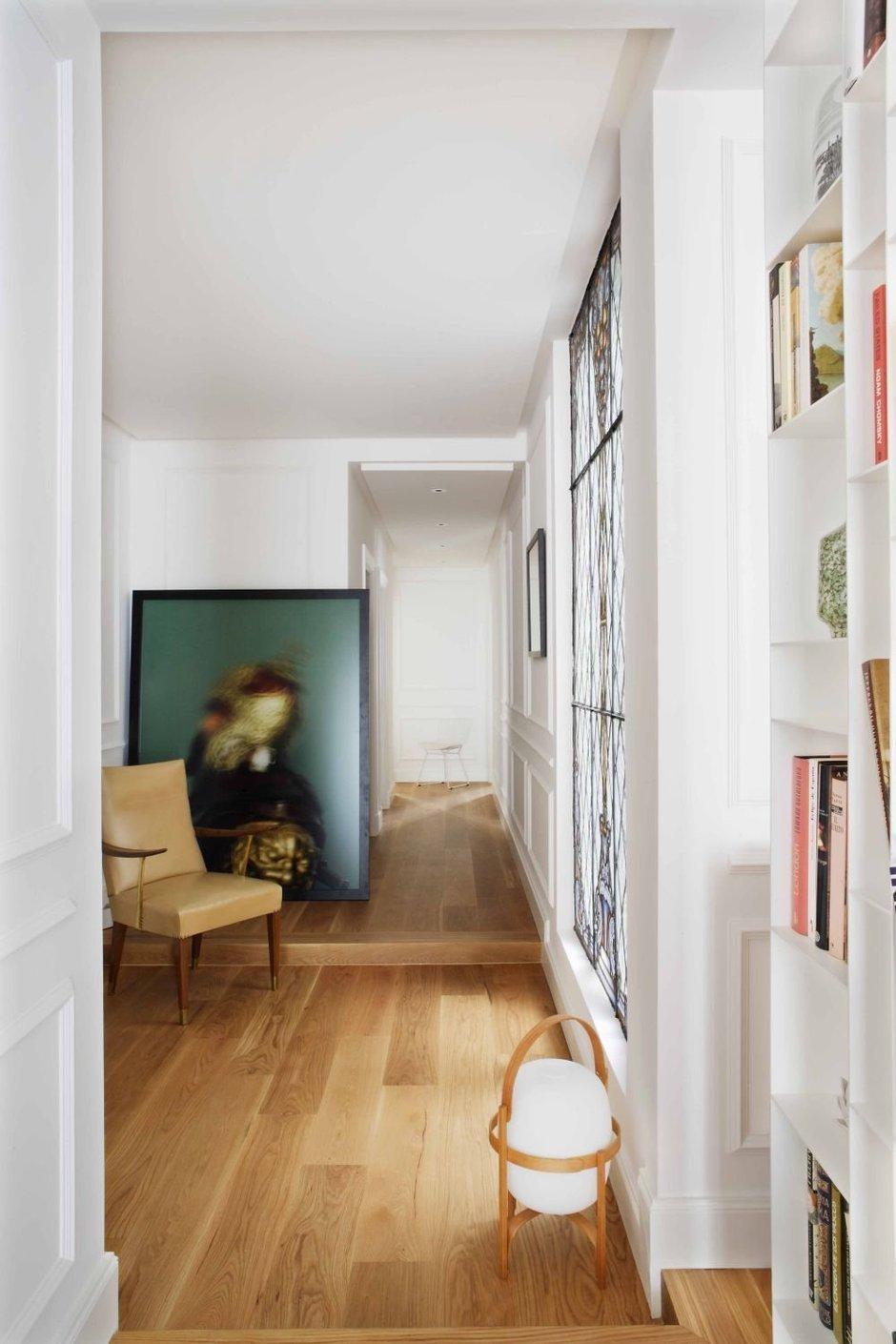 Фотография: Прихожая в стиле Современный, Классический, Эклектика, Квартира, Цвет в интерьере, Дома и квартиры, Белый, Ретро – фото на InMyRoom.ru