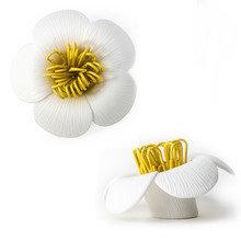 Магнит для скрепок blossom белый