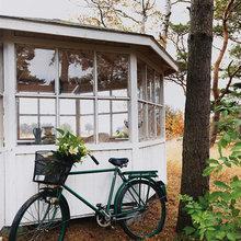 Фотография: Ландшафт в стиле , Дом, Дома и квартиры, Плетеная мебель, Дом на природе – фото на InMyRoom.ru