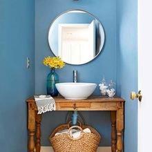 Фотография: Ванная в стиле Кантри, Освещение, Декор, Советы, Ремонт на практике – фото на InMyRoom.ru