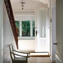Фотография: Прихожая в стиле Кантри, Дом, Цвет в интерьере, Дома и квартиры, Белый – фото на InMyRoom.ru