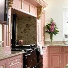 Фотография: Кухня и столовая в стиле Классический, Декор интерьера, Декор, Розовый – фото на InMyRoom.ru