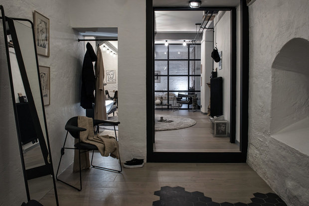 Фотография:  в стиле , Лофт, Декор интерьера, Швеция, Белый, Черный, Стокгольм, 2 комнаты, 40-60 метров – фото на InMyRoom.ru