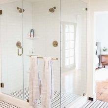 Фотография: Ванная в стиле Скандинавский, Декор интерьера, Аксессуары, Декор, Советы, Эко, уборка, генеральная уборка, уборка ванной комнаты – фото на InMyRoom.ru