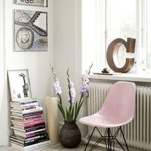 Фотография: Декор в стиле Скандинавский, Мебель и свет, История дизайна, Гид,  Charles & Ray Eames, Eames DSR – фото на InMyRoom.ru