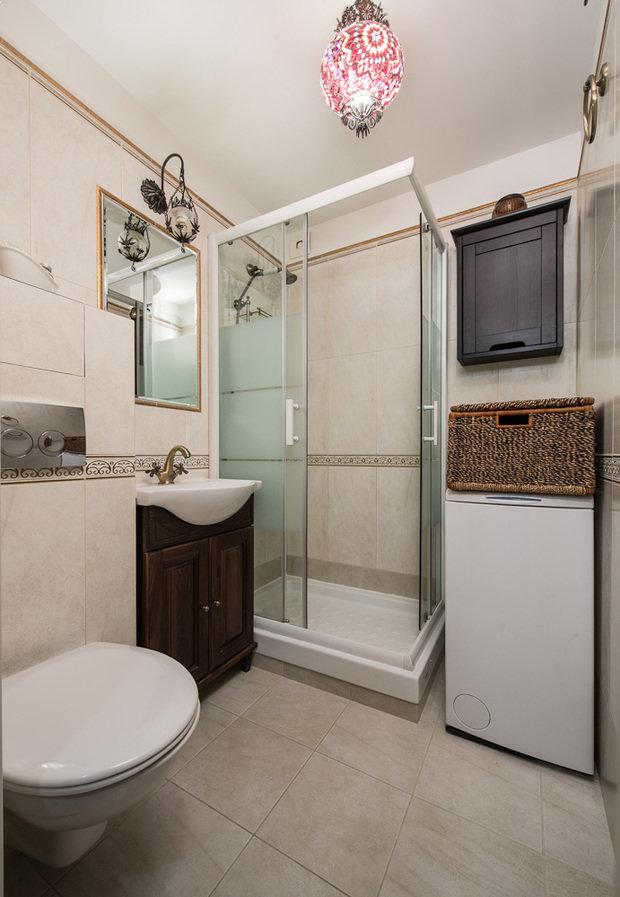Фотография: Ванная в стиле Эклектика, Классический, Малогабаритная квартира, Квартира, Декор, Дома и квартиры, IKEA, Проект недели – фото на InMyRoom.ru