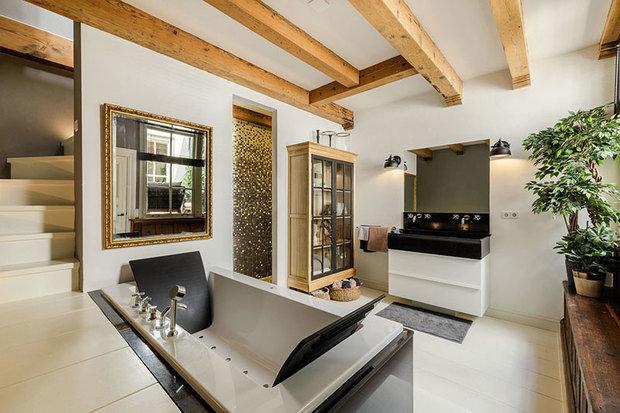 Фотография: Ванная в стиле Современный, Эко, Лофт, Декор интерьера, Архитектура, Планировки, Белый, Бежевый, Более 90 метров – фото на INMYROOM