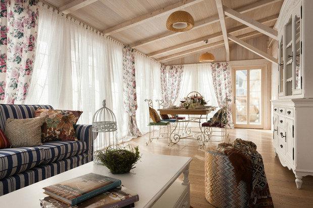Фотография: Кухня и столовая в стиле Прованс и Кантри, Дача, Гид, Технониколь – фото на InMyRoom.ru