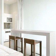 Фотография: Кухня и столовая в стиле Минимализм, Декор интерьера, Декор дома, Текстиль, Шторы – фото на InMyRoom.ru