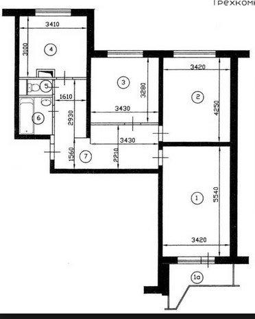 Помогите решить какую квартиру купить, чтобы потом заказать перепланировку? ))