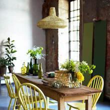 Фотография: Кухня и столовая в стиле Кантри, Флористика, Стиль жизни, Советы, Цветы – фото на InMyRoom.ru