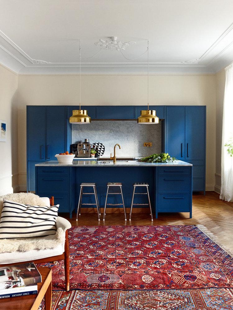 Кухня цвета кобальт