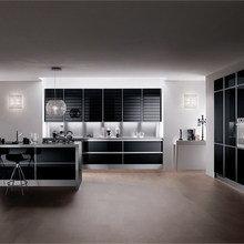 Фотография: Кухня и столовая в стиле Современный, Хай-тек, Классический, Интерьер комнат, Мебель и свет – фото на InMyRoom.ru