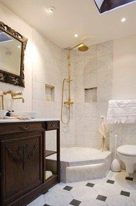 Фотография: Ванная в стиле Классический, Стиль жизни, Советы, Париж, Airbnb – фото на InMyRoom.ru