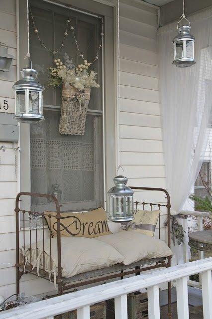Фотография: Балкон, Терраса в стиле Прованс и Кантри, Классический, Современный, Декор интерьера, Декор дома, Свечи – фото на INMYROOM