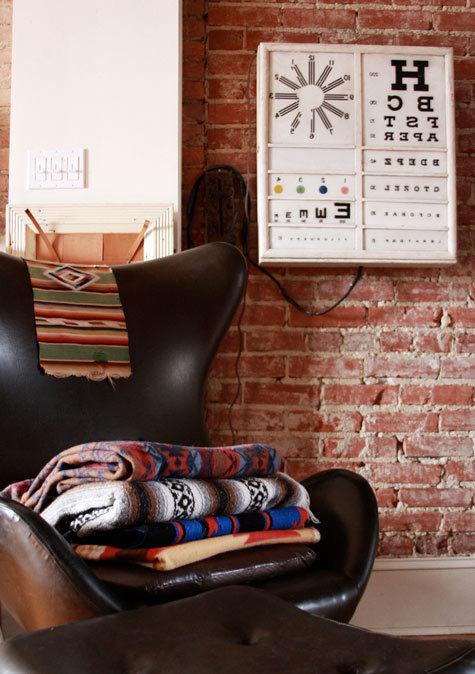 Фотография: Декор в стиле Лофт, Декор интерьера, Декор дома, Стены – фото на InMyRoom.ru