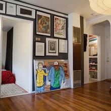 Фотография: Гостиная в стиле Современный, Декор интерьера, Квартира, Дома и квартиры, Стены, Картины, Современное искусство – фото на InMyRoom.ru