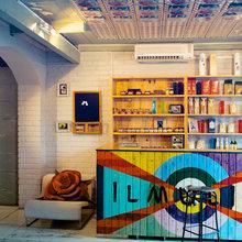 Фотография: Кухня и столовая в стиле Кантри, Современный, Эклектика, Декор интерьера, Мебель и свет, Марат Ка – фото на InMyRoom.ru