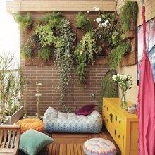 Фотография: Балкон в стиле Восточный, Квартира, Декор, Советы, как обустроить маленький балкон, идеи для маленького балкона, декор балкона – фото на InMyRoom.ru