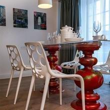 Фото из портфолио Поп-гостиная и арт-кухня (Дачный ответ НТВ) – фотографии дизайна интерьеров на InMyRoom.ru