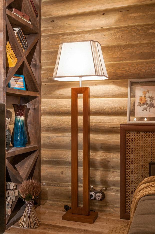 Фотография: Мебель и свет в стиле Прованс и Кантри, Спальня, Интерьер комнат, Мансарда – фото на InMyRoom.ru