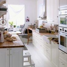 Фотография: Кухня и столовая в стиле Скандинавский, Интерьер комнат, Встраиваемая техника – фото на InMyRoom.ru
