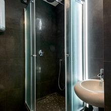 Фотография: Ванная в стиле Современный, Малогабаритная квартира, Квартира, Дома и квартиры, Минимализм, Переделка – фото на InMyRoom.ru