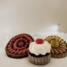 Фотография: Спальня в стиле Современный, Декор интерьера, Декор дома, Подушки – фото на InMyRoom.ru