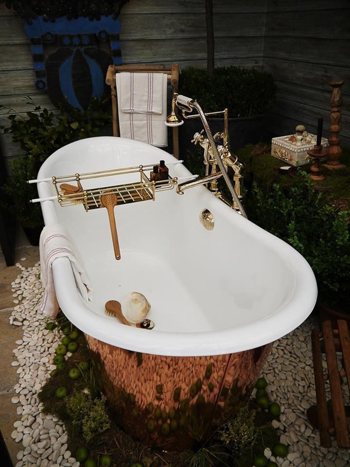 Фотография: Ванная в стиле Прованс и Кантри, Классический, Современный, Индустрия, События, Лондон, B&B Italia – фото на InMyRoom.ru