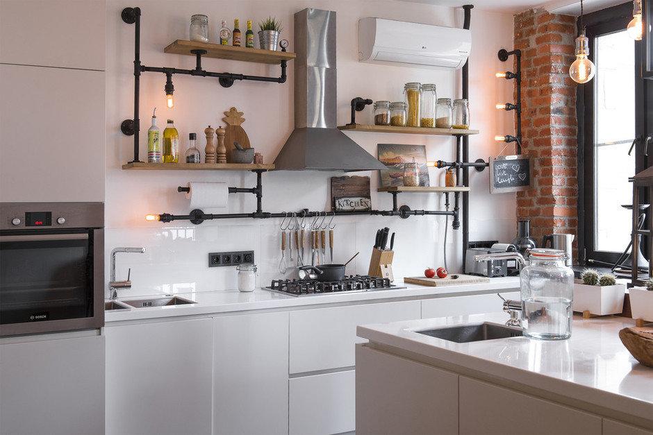 Фотография: Кухня и столовая в стиле Лофт, Квартира, Проект недели, Сталинка, 3 комнаты, 60-90 метров, Евгения Разуваева – фото на InMyRoom.ru