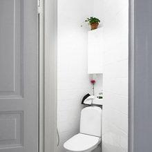 Фотография: Ванная в стиле Современный, Скандинавский, Малогабаритная квартира, Квартира, Цвет в интерьере, Дома и квартиры, Белый – фото на InMyRoom.ru