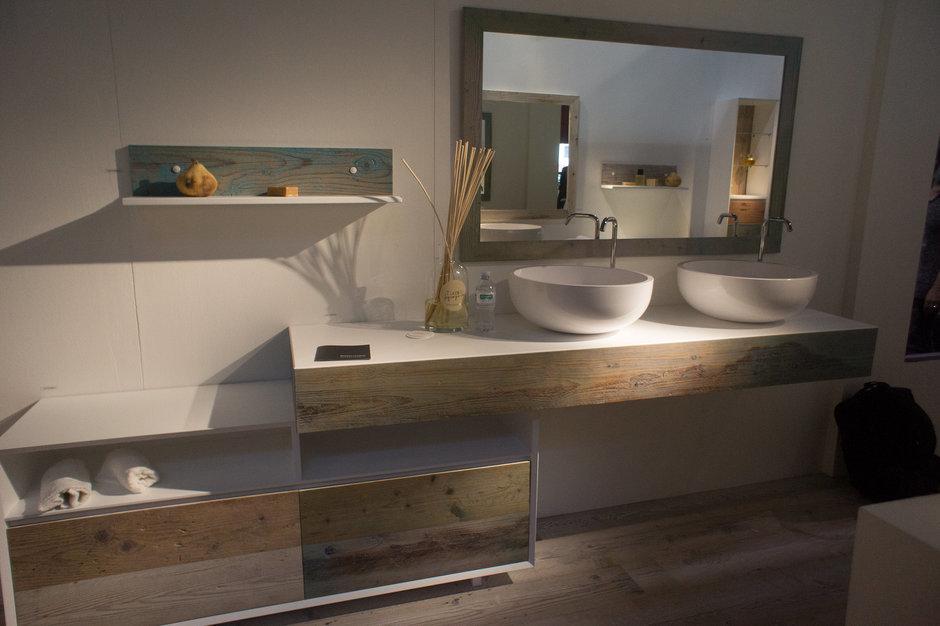 Фотография: Ванная в стиле Современный, Восточный, Текстиль, Индустрия, События, iSaloni – фото на InMyRoom.ru