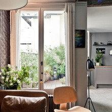 Фотография: Кухня и столовая в стиле Скандинавский, Квартира, Дома и квартиры, Париж, Чердак – фото на InMyRoom.ru
