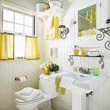 Фотография: Ванная в стиле Кантри, Декор интерьера, Хранение, Интерьер комнат, Советы – фото на InMyRoom.ru