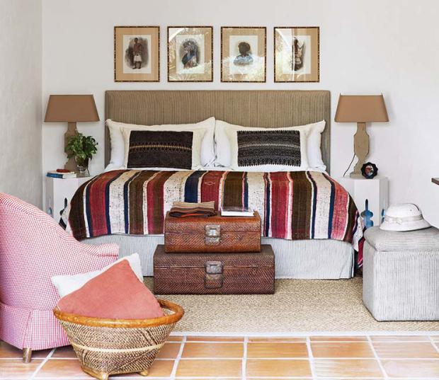 Фотография: Спальня в стиле Прованс и Кантри, Эклектика, Дом, Франция, Дома и квартиры, Деревенский, Марокканский – фото на InMyRoom.ru