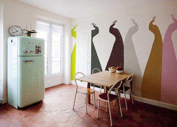 Фотография: Кухня и столовая в стиле Прованс и Кантри, Декор интерьера, Декор дома, Цвет в интерьере, Обои – фото на InMyRoom.ru