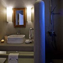 Фотография: Ванная в стиле Кантри, Дом, Цвет в интерьере, Дома и квартиры, Белый, Бассейн, Оранжевый, Балдахин – фото на InMyRoom.ru