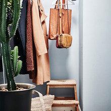 Фотография: Прихожая в стиле Скандинавский, Декор интерьера, Квартира, Гетеборг – фото на InMyRoom.ru