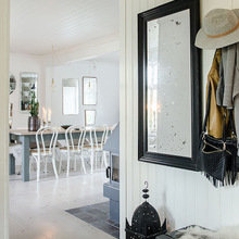 Фотография: Прихожая в стиле Скандинавский, Декор интерьера, Дом, Швеция – фото на InMyRoom.ru