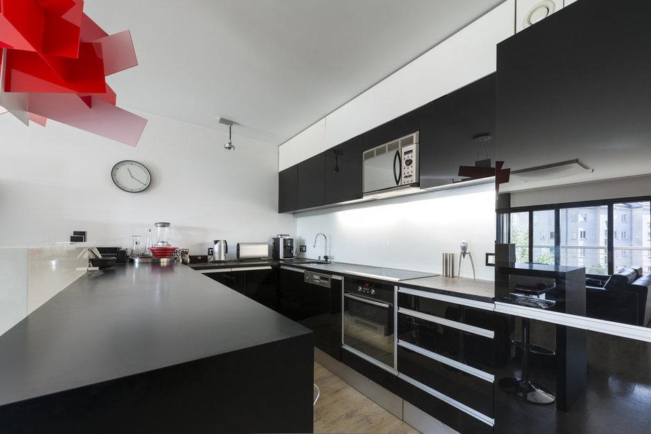 Фотография: Кухня и столовая в стиле Современный, Декор интерьера, Квартира, Дом, Дизайн интерьера, Цвет в интерьере – фото на InMyRoom.ru