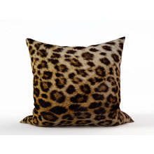 Декоративная подушка: Пятнистая шкура