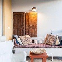 Фотография: Балкон в стиле Восточный, Классический, Декор интерьера, Дизайн интерьера, Терраса, Цвет в интерьере, Стокгольм – фото на InMyRoom.ru
