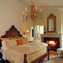 Фотография: Спальня в стиле Кантри, Классический, Современный, Дом, Дома и квартиры, Интерьеры звезд – фото на InMyRoom.ru