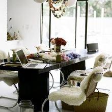 Фотография: Кабинет в стиле Скандинавский, Современный, DIY, Квартира, Советы, как облегчить быт – фото на InMyRoom.ru