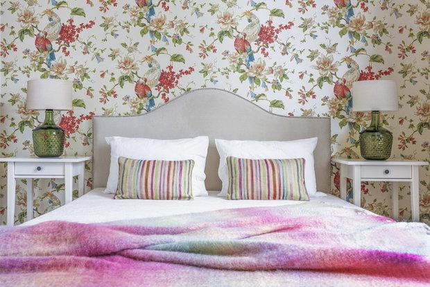 Фотография: Спальня в стиле Прованс и Кантри, Декор интерьера, Гид – фото на INMYROOM