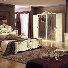 Фотография: Спальня в стиле Классический, Индустрия, События, Галерея Арбен – фото на InMyRoom.ru