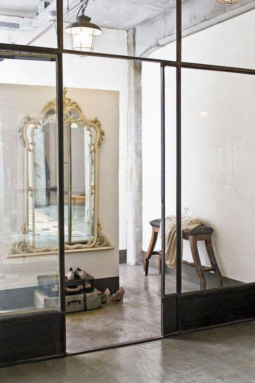 Фотография: Прихожая в стиле Эклектика, Декор интерьера, Мебель и свет – фото на InMyRoom.ru