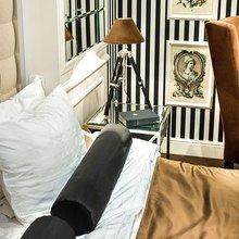 Фотография: Спальня в стиле Классический, Современный, Эклектика, Декор интерьера, Интерьер комнат, Проект недели – фото на InMyRoom.ru