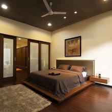 Фотография: Спальня в стиле Современный, Декор интерьера, Интерьер комнат, Цвет в интерьере, Коричневый – фото на InMyRoom.ru